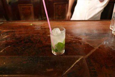 モヒート発祥の地!キューバで有名なバー「ボデギータ」は大人気だった! -キューバ/カクテル/ブログ/全身全霊Takeoff